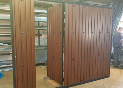 Puerta Automática en Fabricación
